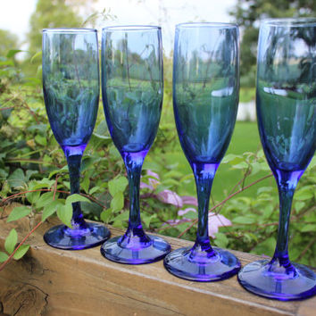 vintage blue fluted Champagne glasses, vintage cobalt blue Champagne flutes, wedding toasting glasses, vintage wedding table glassware, BLUE