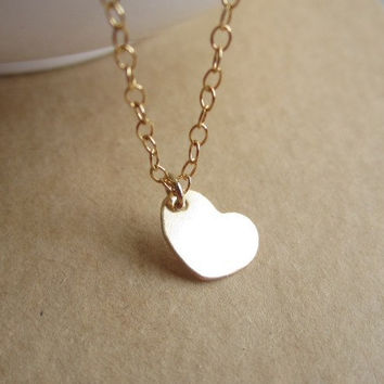 Tiny Heart Gold Necklace , sweet dainty necklace, delicate necklace, minimalist jewelry, layer necklace