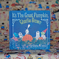 It's The Great Pumpkin, Charlie Brown! Vintage Picture Book 1960s Children's Book Illustrations Nursery Decor Halloween