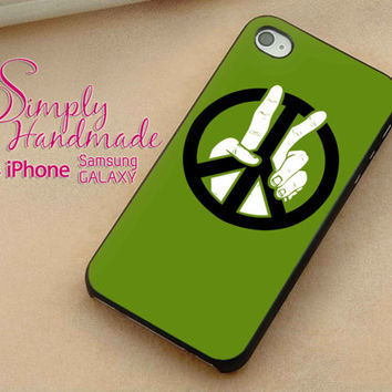 Peace Signs Green Case fit iPhone Case iPhone 4 Case iPhone 5 Case iPhone 5C Case Samsung S3 Case Samsung S4 Case Phone Cover Style JJCOVER