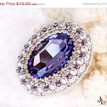 ON SALE Beadwork and embroidered Brooch with Tanzanite Swarovski crystal and silver-finished seed beads