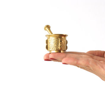 MINIATURE MORTAR and PESTLE, Mini Brass Figurine, Golden Figure, Pill Medicine Drug Grinder or Crusher, Shadow Box, Little Trinket