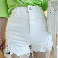 bb 070609 Stitching lace waist shorts denim material