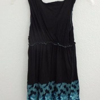 BCBG Black And Teal Turquoise Baby Doll Sleveless Border Print Geometric Floral Scoop Neck Size Xl Ruffle Top