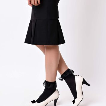 Black Anklet Socks with Lace Ruffle