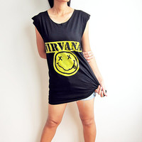 NIRVANA Shirt Kurt Cobain Alternative Rock Grunge Rock Drunk Smiley Face TShirt Tank Top Women Sleeveless Shirts Vest Size M