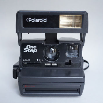 Polaroid One Step 600 Instant Film Camera Takes Impossible Project Film!
