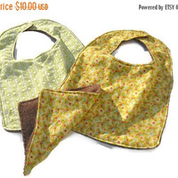 ON SALE Boys Baby bibs, Jungle Baby bibs, Terry cloth back baby bibs, set of 2 baby bibs, Baby shower gift, baby burp cloth and bibs