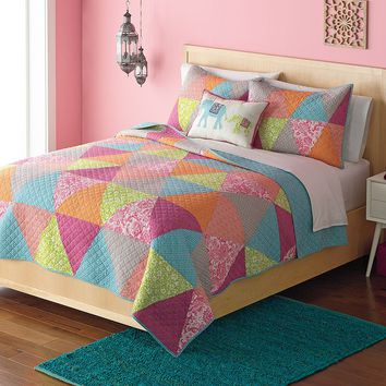 Home Classics Avery Statements Reversible Quilt (Blue)