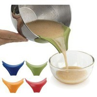 The Kitchen Outlet :: Baking Helpers :: RSVP Silicone Slip-On Pour Spout AS SEE