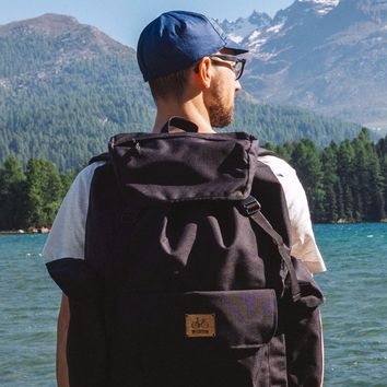 Barry | Travel backpack | Black