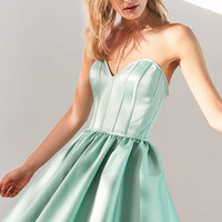 Kimchi Blue Corsetta Strapless Mini Dress | Urban Outfitters