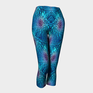 Illusions, Capri Leggings, Yoga and Fitness, Compression fit performance, sports, gym,activewear, Made in Canada