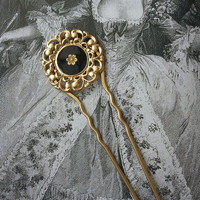 Gold plated hair fork with a black enameld filligree and golden flower pendant-hair accessorie- golden hair stick - hair pin