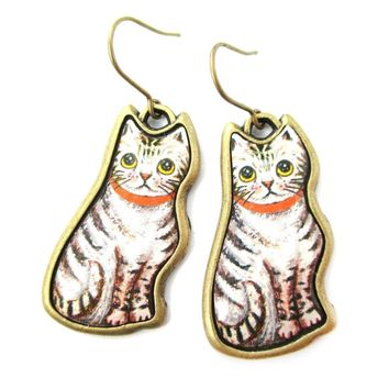 Illustrated Grey and White Tabby Kitty Cat Animal Dangle Earrings | DOTOLY