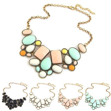Fashion Women's Resin Bubble Pendant Collar Chain Statement Necklace Multicolor = 1946935620