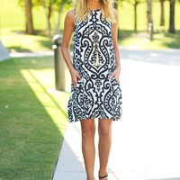 Black and White Printed Short Dress with Pockets