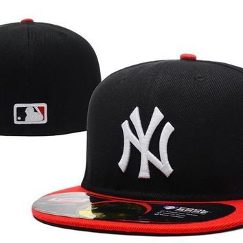 ESBON New York Yankees New Era MLB Authentic Collection 59FIFTY Cap Black-Red