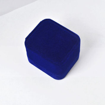 5PS WITHOUT RING Drop Shipping Championship Rings Blue Black Red velvet Box Jewelry Box For Dis