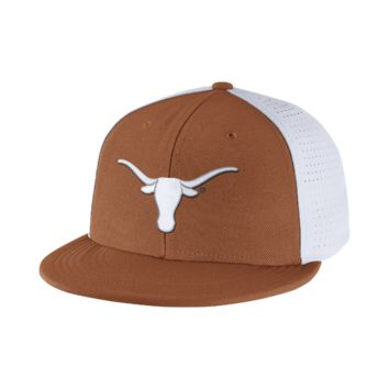 Nike College Players True Swoosh Flex (Texas) Fitted Hat Size FLX (Brown)