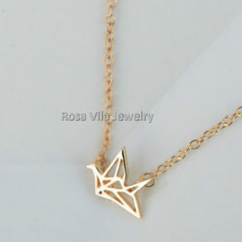Paper Crane Necklace - 2 colors available (gold and silver) - dainty, cute and lovely pendant jewelry, crane, bird