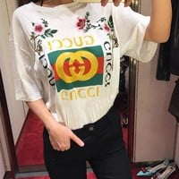 One-nice™ Gucci - White Embroidered Logo T-Shirt