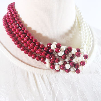 Red and White Interlocking Pearls Necklace