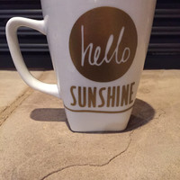 Hello Sunshine Cup in Gold Vinyl