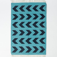 Blue Arrows Rug Design in 2x3 Feet