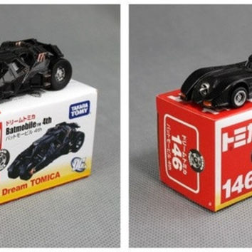 2pcs/set New TOMY Tomica Marco Batman Car 4th No146/148 Batmobile Cars Diecast Metal Toy For Baby Kids Boy (Color: Black)
