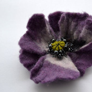 Violet Wool Felt Flower Poppy Brooch Pin,Felted Wool Flowers, Purple Poppy Jewelry, Handmade Poppy Jewelry,Corsage Brooch, Wet Felt Pin