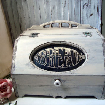Vintage Wooden Bread Box, Shabby Chic Cream Distressed Bread Storage Box, Rustic Vintage Box