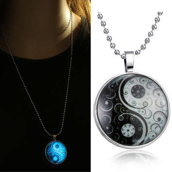 necklaces Glass Necklace Jewelry glowing necklaces for women men 2015 New Glow in the dark necklace Yin Yang Pendants