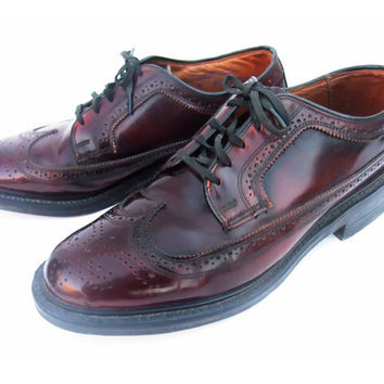 Vintage 70s Shoes Cordovan Longwing Mens Lace Up Brogue Oxford Oxblood Leather Wing Tips size 7 Medium