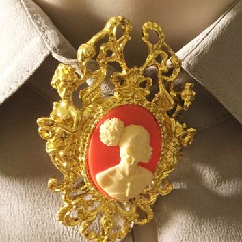 Vintage Cameo Pins And brooches/Free Shipping