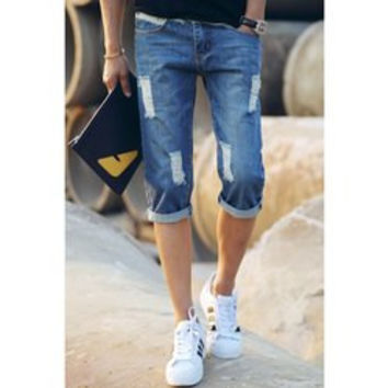 Fitted Zipper Fly Hole Design Ombre Destroy Wash Narrow Feet Men's Denim Capri Pants