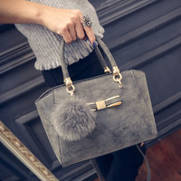 Women fashion handbags on sale = 4473572868