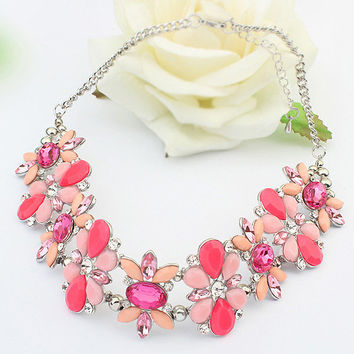 Red Flower Rhinestone Chunky Chain Necklace