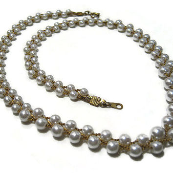 Vintage Faux Pearl Necklace 18 Inch Gold Tone Twist Chain Design Womens Formal Costume Jewelry