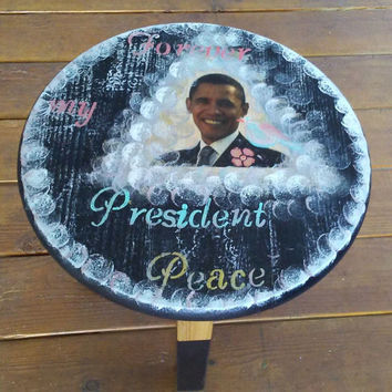 Rustic Barack Obama End table, Side Table Stool, 3 legs Side Table, Bohemian, Obama table, Round table, Round End, Forever my president peac