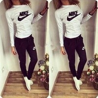 Women Fashion NIKE Print Hoodie Top Sweater Pants Sweatpants Set Two-Piece Sportswear Red