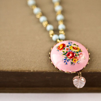 Pink Vintage Neclace  Shabby Chic Neclace Romantic by lonkoosh