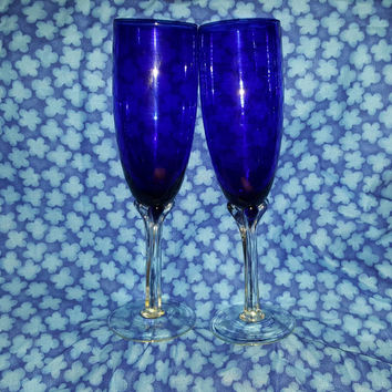 Vintage Hand Blown Royal Blue Italian Champagne Flutes With Clear Steams.  Glass Italian Art Glass Twisted Stems Blue Barware ,