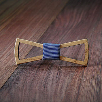FREE SHIPPING till 15th October!! Handmade Wooden bow tie with slotted holes. White oak .Handicraft unique men accessory.Manly gift.