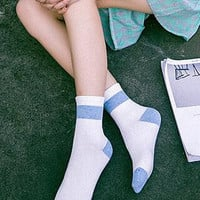Simple 5Pcs Dots Socks Gift 01