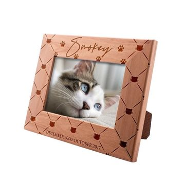 Personalized Picture Frame 4x6 Pet Memorial for Cats, Lovely Cat, Custom Engraved with Dog's Name & Years - Cat Owner Gift