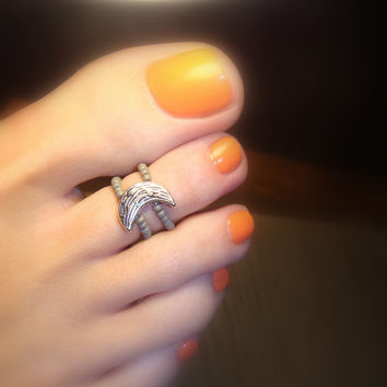 Toe Ring - Silver Half Moon - Metal Stretch Bead Toe Ring