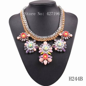 Fashion 2017 New Popular String Braided Chain Statement Resin Flower Pendant Brand Necklace Accessories For Women On Party