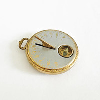 Circa 1920's or 30's Vest Pocket Sundial & Compass with Egyptian Motif made by Robbins Co Attleboro, Mass, Pocket Watch, Watch Collector