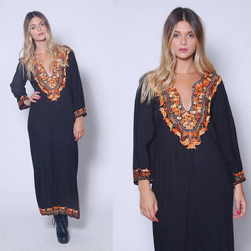Vintage 70s Black EMBROIDERED Caftan Hippie Maxi Dress Boho Dress